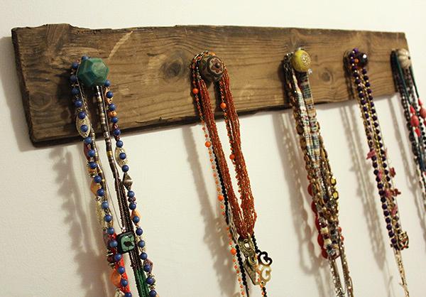 Diy Necklace Holder 2ndhand Knowledge